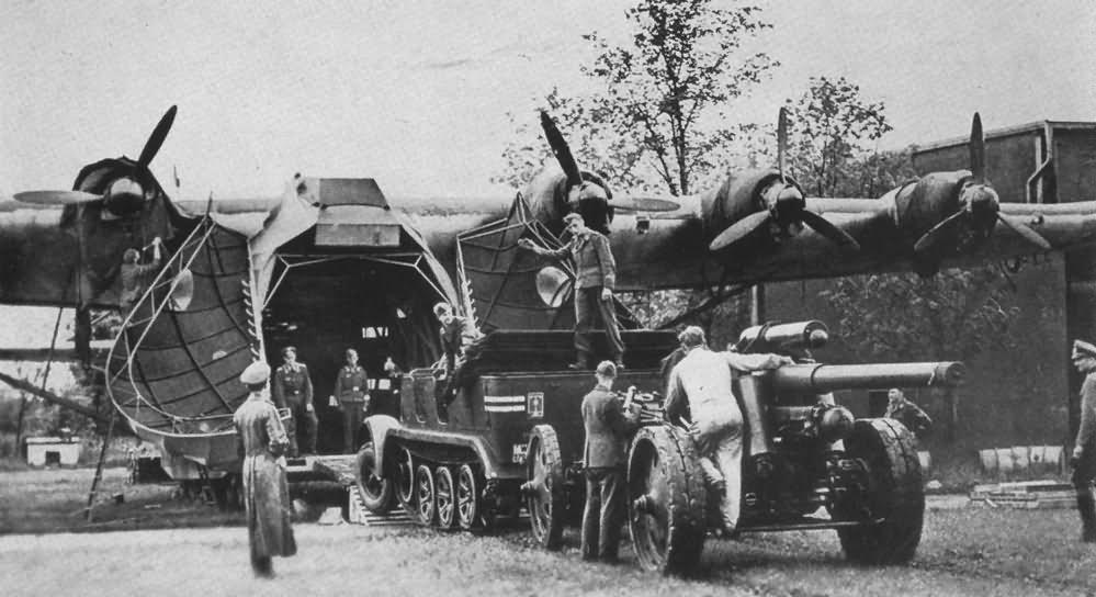 Messerschmitt Me323 gigant and sdkfz 7 halftrack