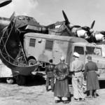 Loading truck on board a Me 323