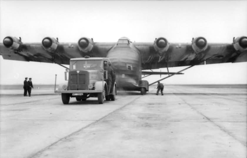 LKW Flugzeug Me 323 Gigant