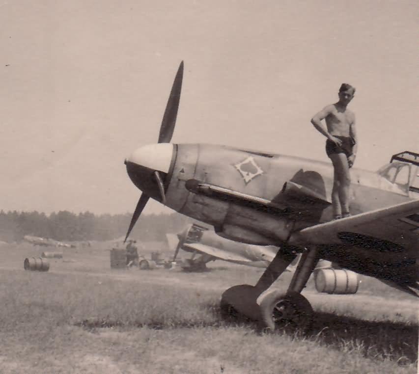 Me109 JG53 pik as
