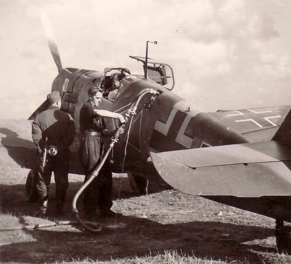Fueling up a Me109 JABO Eastern Front