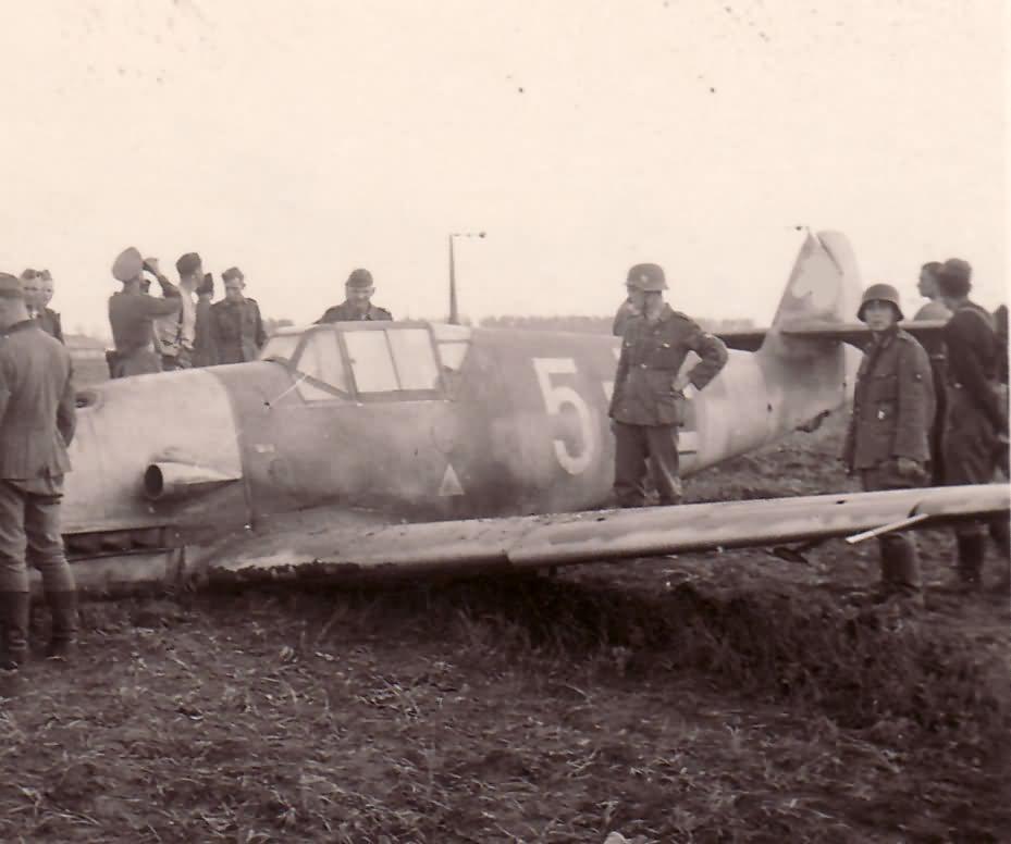 Me109 yellow 5