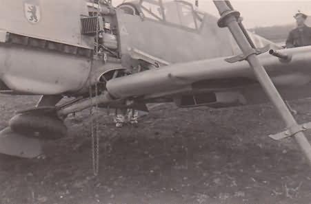 Me109e 6 JG 27 bruch bei landung balkan 1941 3