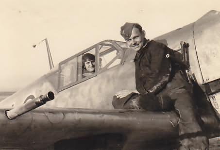Bf 109 E from 5/JG 27, pilot Uffz Hans Niederrhofer, Aapril 1941