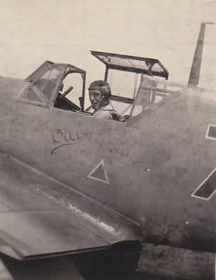 "Me109F of the 2/.JG 52 coded ""black 7"" and named ""Olli"" Rrussia"