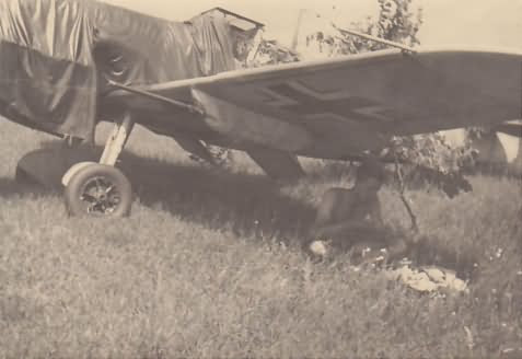 Me109F with MG 151/20 gun pods from 2/JG 52, based at Charkow in the Summer of 1942