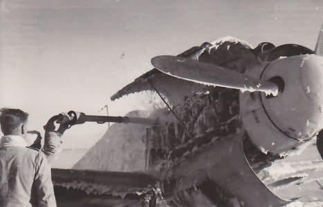 Me109 G-4/trop of 5/JG 27 based at Trapani, June 1943 2