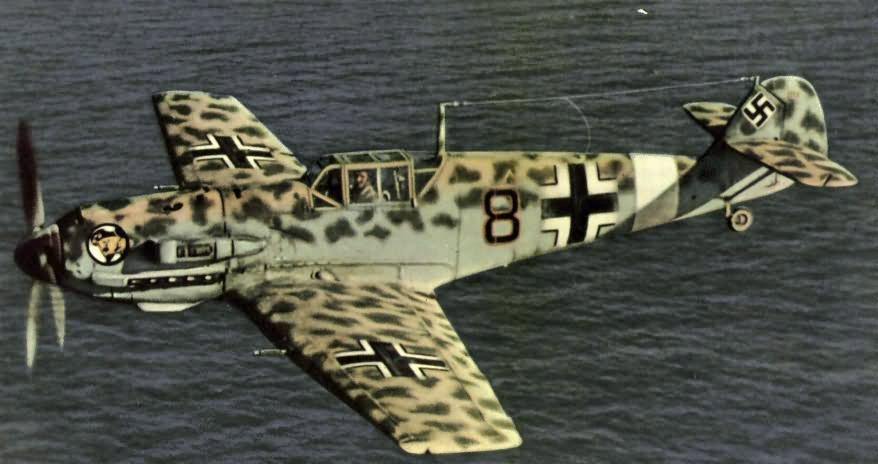 Messerschmitt bf 109 JG27 black 8