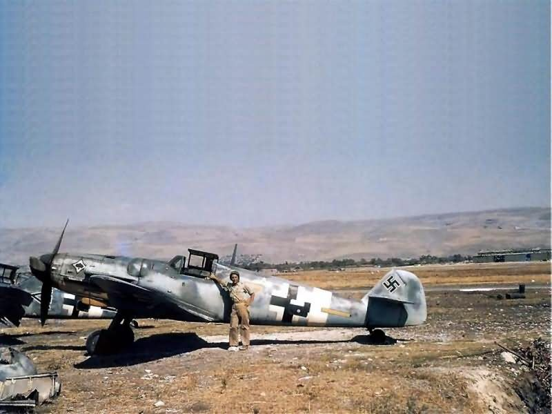 """Captured Bf 109 G-6 """"Yellow 7"""" of the JG 53, Italy, color photo"""