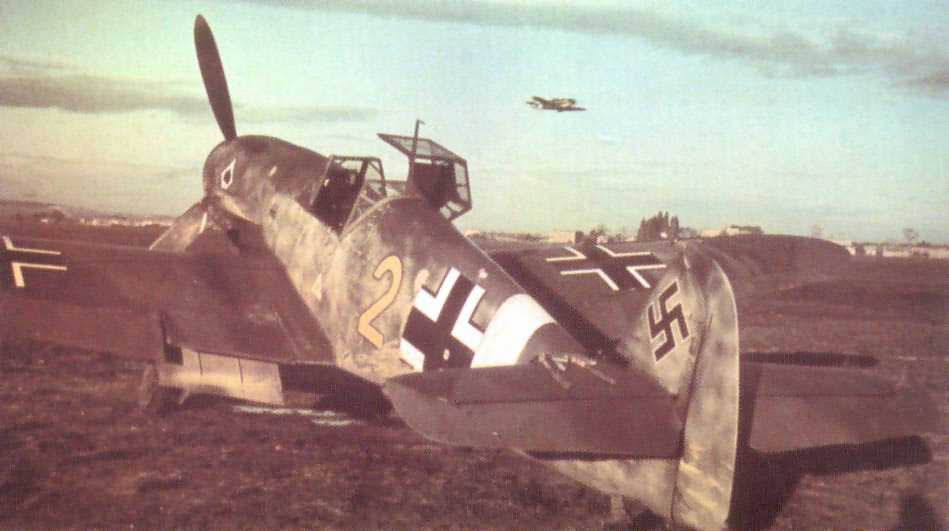 Messerschmitt bf 109 yellow 2 JG53 pik as