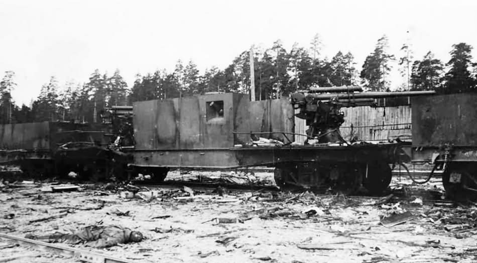 Destroyed russian armored train 5