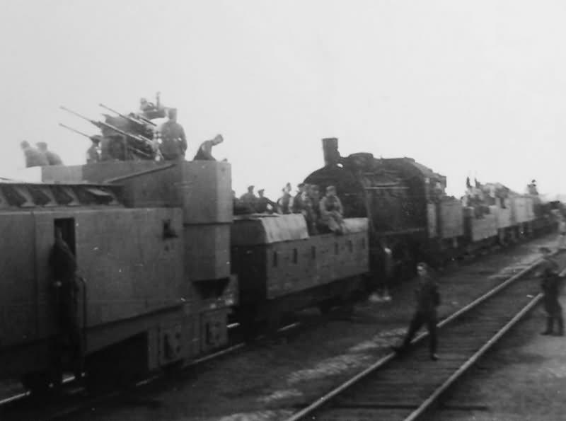 Panzerzug with Vierlingsflak