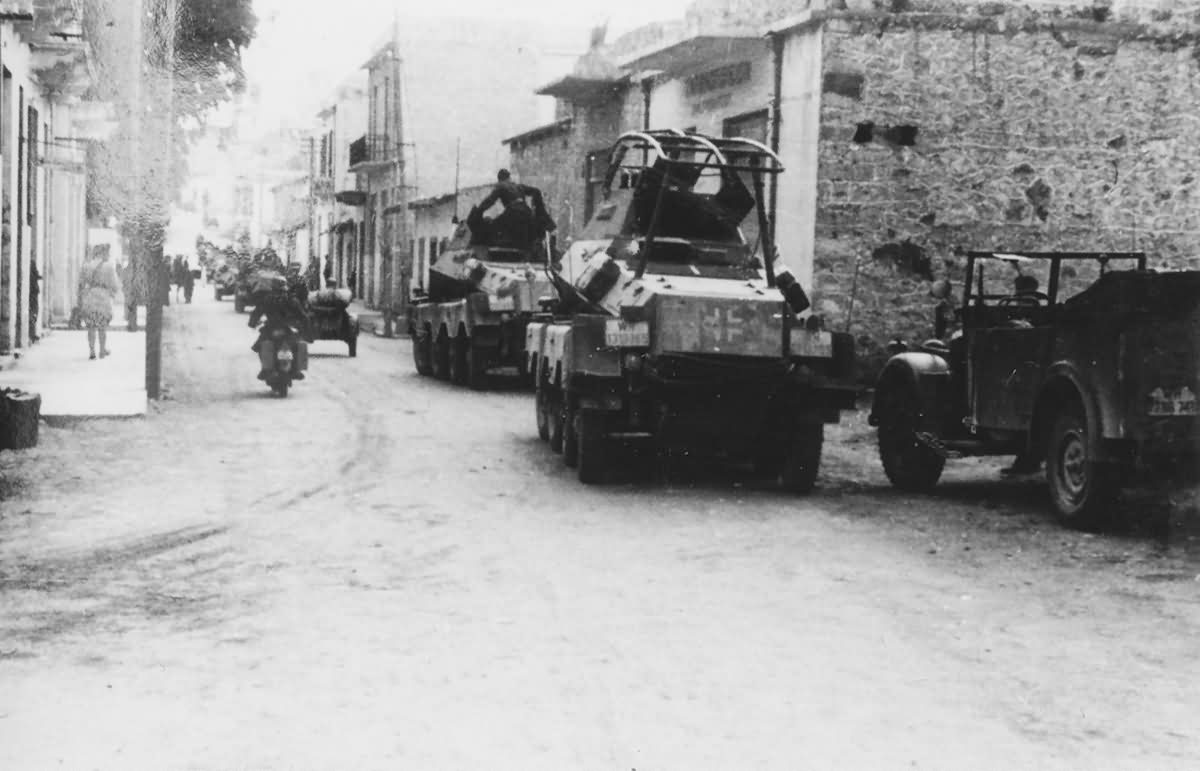 Heavy, eight-wheeled armoured cars SdKfz 232 and SdKfz 231