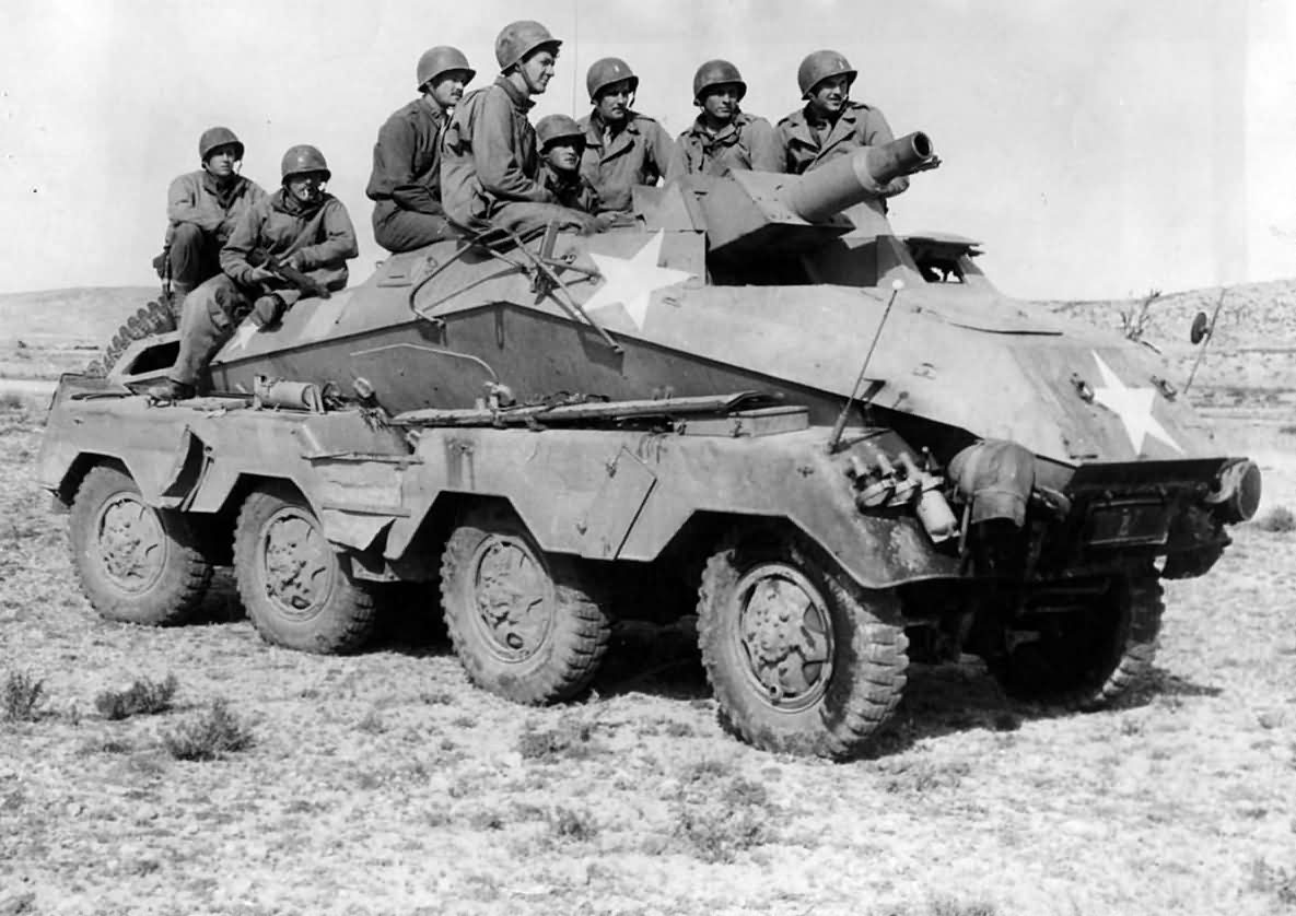US_Soldiers_in_Captured_German_SdKfz_233