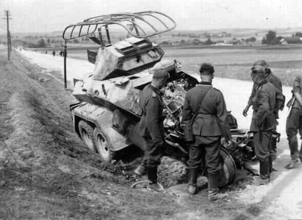 Sd.Kfz 231 6-rad Panzerspahwagen destroyed armored car