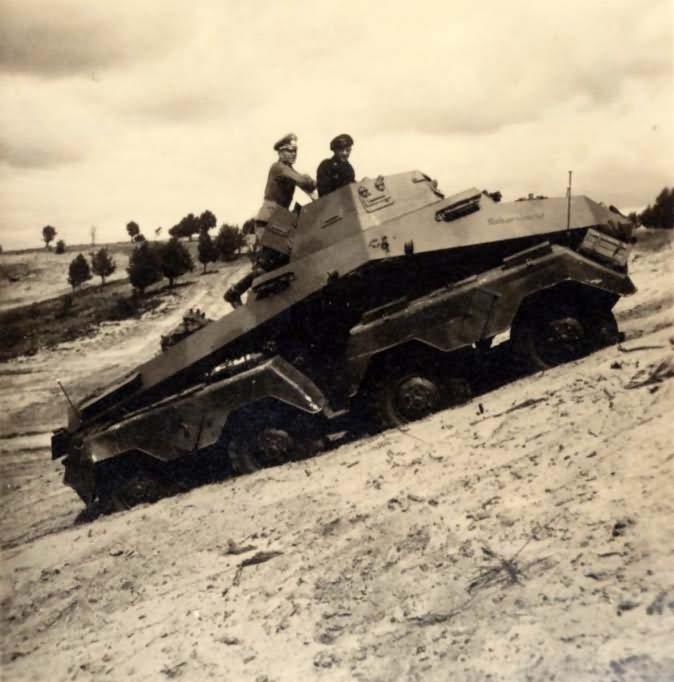sd kfz 231 8 rad armored car