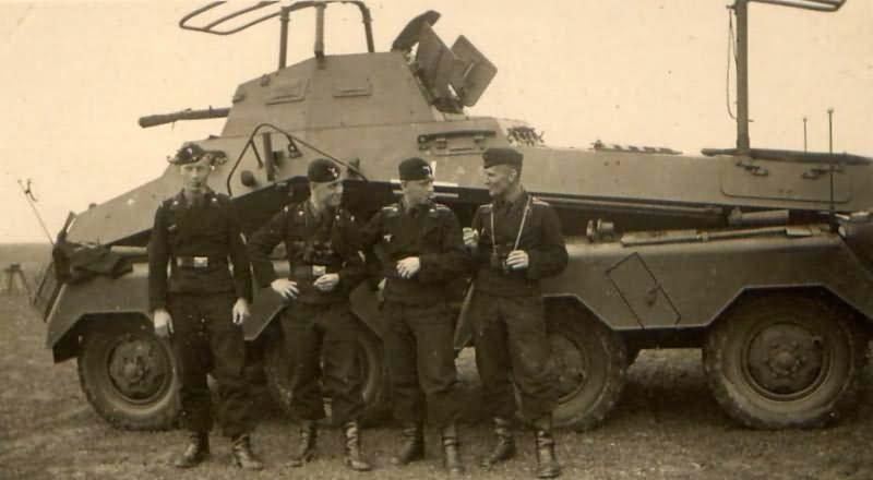 sdkfz 232 8 rad Funkwagen