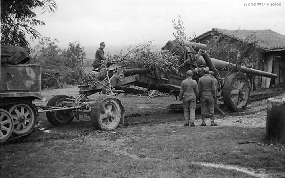 SdKfz 8 towing 17 cm K 18 in MrsLaf