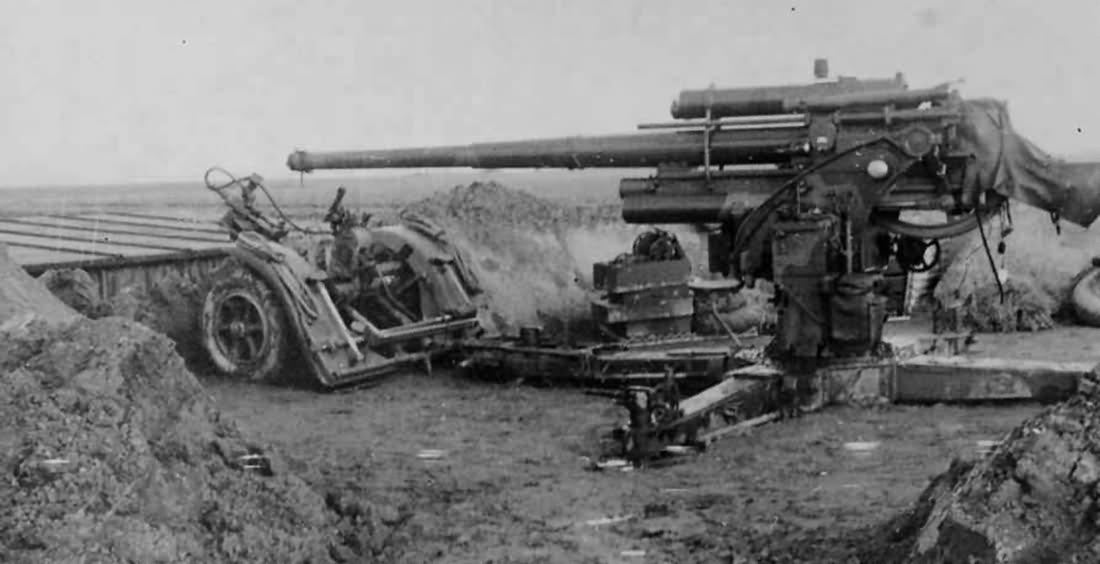 photo of 8.8cm Flak 18 from 8.8cm Flak 18 from worldwarphotos.info