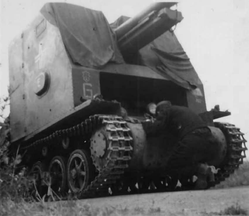 Sturmpanzer Bison sIG33 of the 1 Panzer Division (sIG Kompanie 704) France 1940