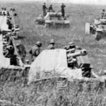 battery of Wespe howitzers supporting German forces