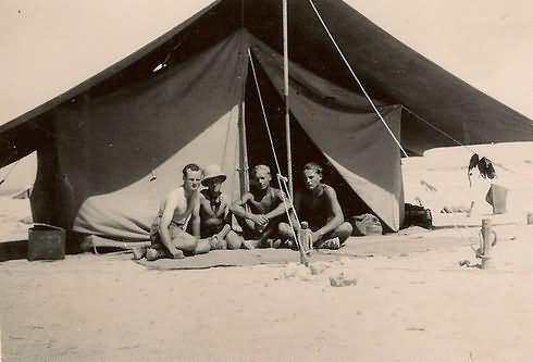 Afrika korps DAK in Afrika german troops and tent