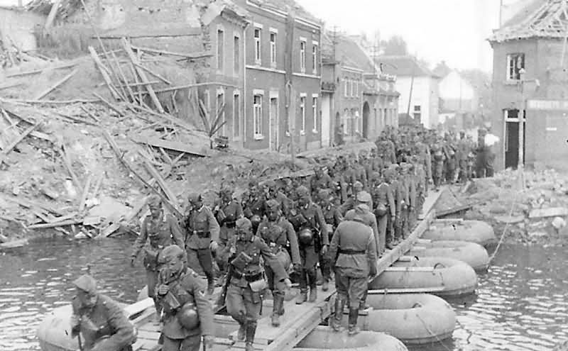 Wehrmacht Infantry Cross Bridge by Bombed French Town