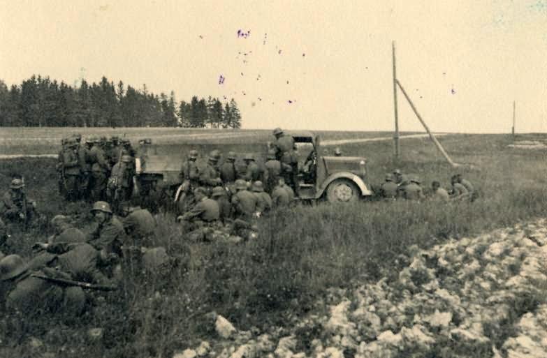 Wehrmacht soldiers 3