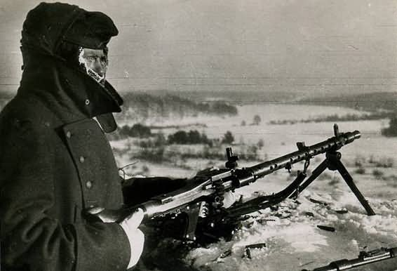 wehrmacht soldier in winter 41d