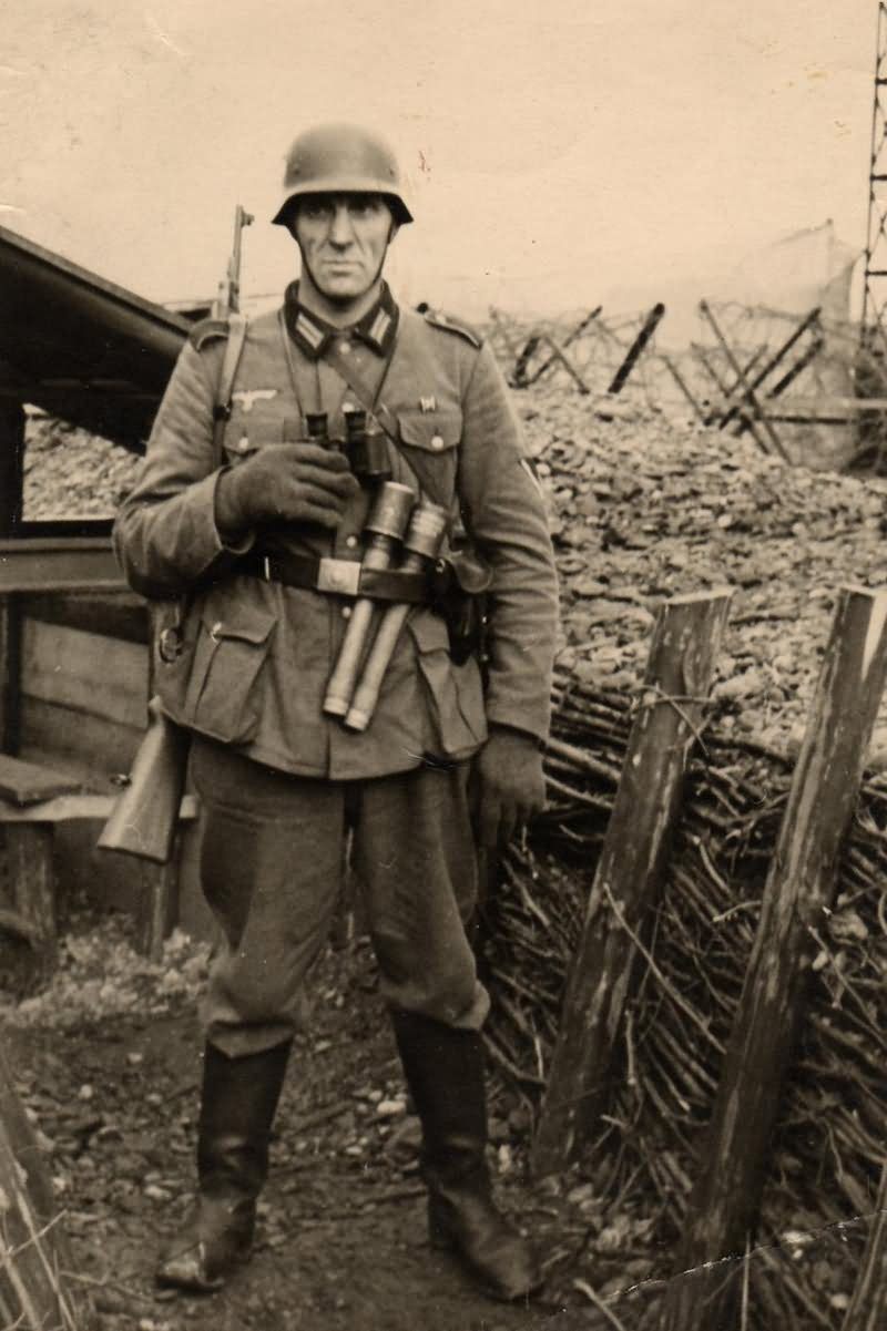 wehrmacht soldier with grenade