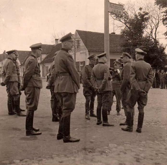wehrmacht soldiers 18