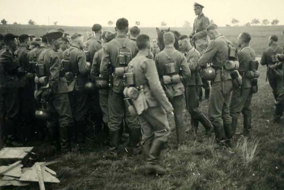 Wehrmacht soldiers 21