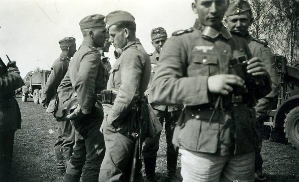 Wehrmacht soldiers 27