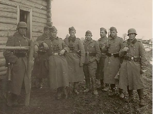 wehrmacht soldiers Russia
