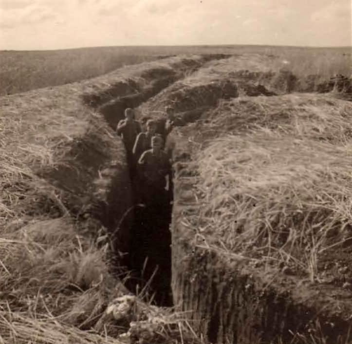 Wehrmacht soldiers in trenches