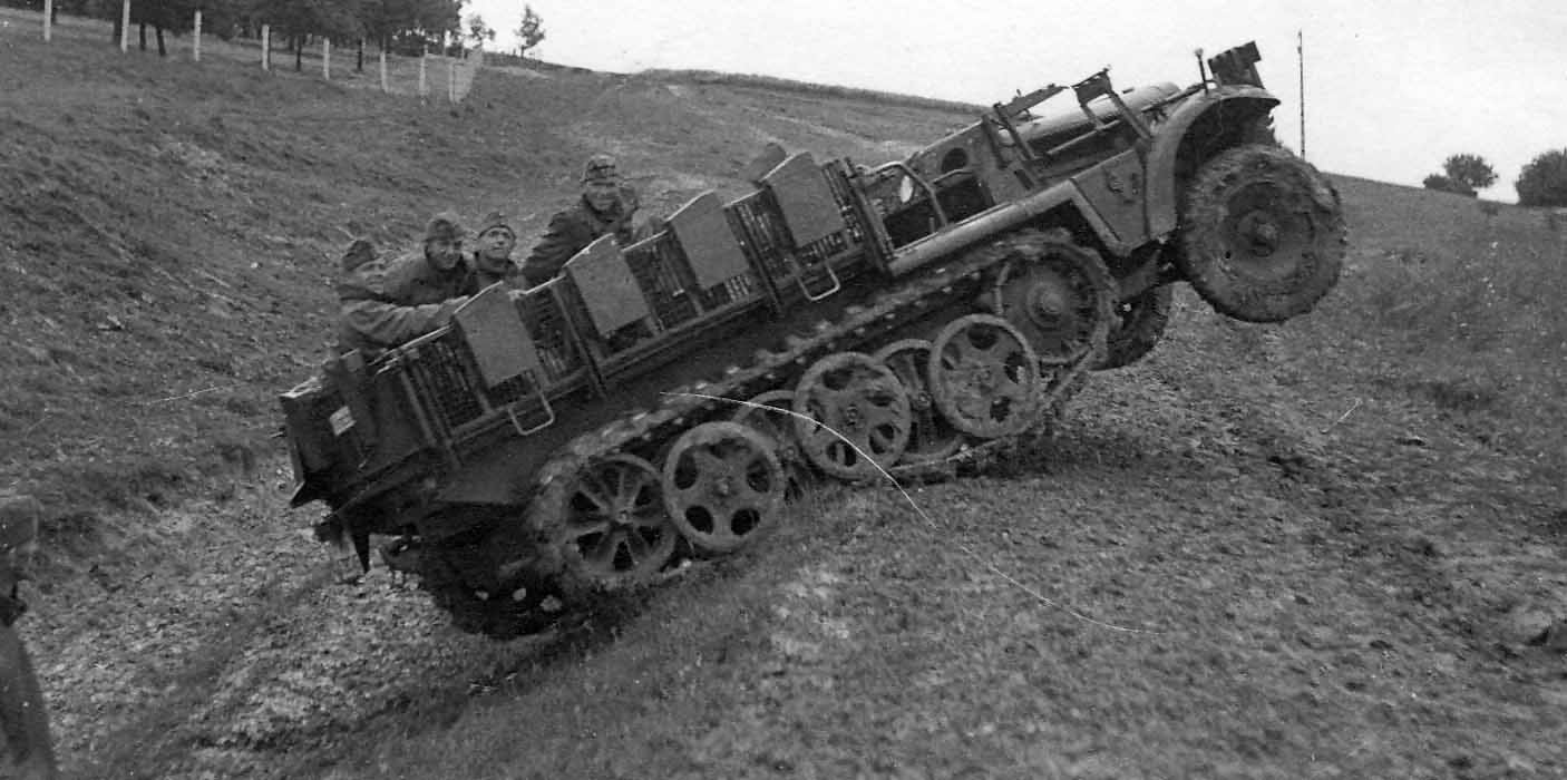 SdKfz 10/4 without Flak gun