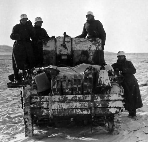 SdKfz 10/4 winter camouflage