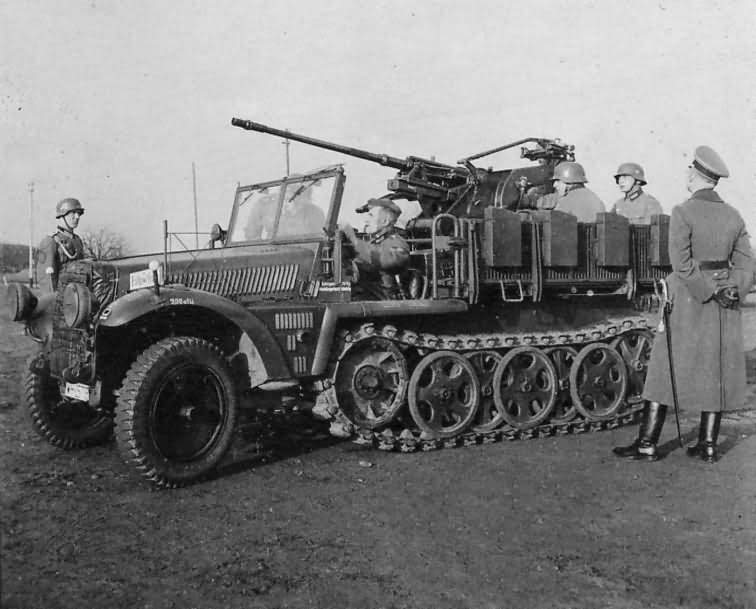 Sd Kfz 10/4 20 mm Flak