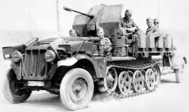 Sd Kfz 10/4 Demag D7 flak version