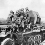 Sd.Kfz. 10/5 and crew