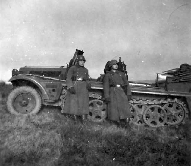 german halftrack SdKfz 10 13