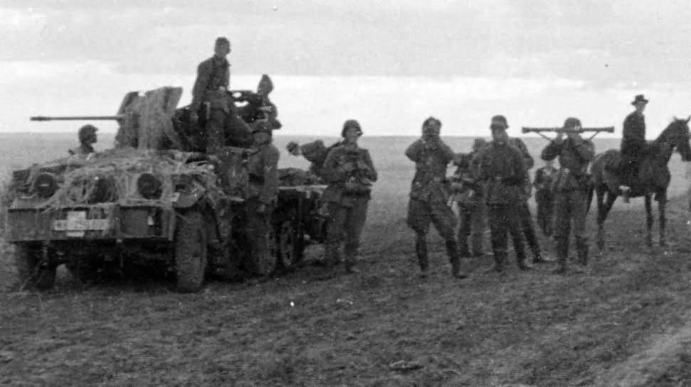 German halftrack SdKfz 10/4 5