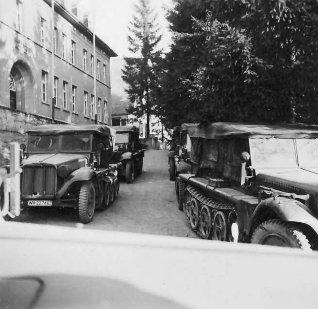 german halftracks SdKfz 10