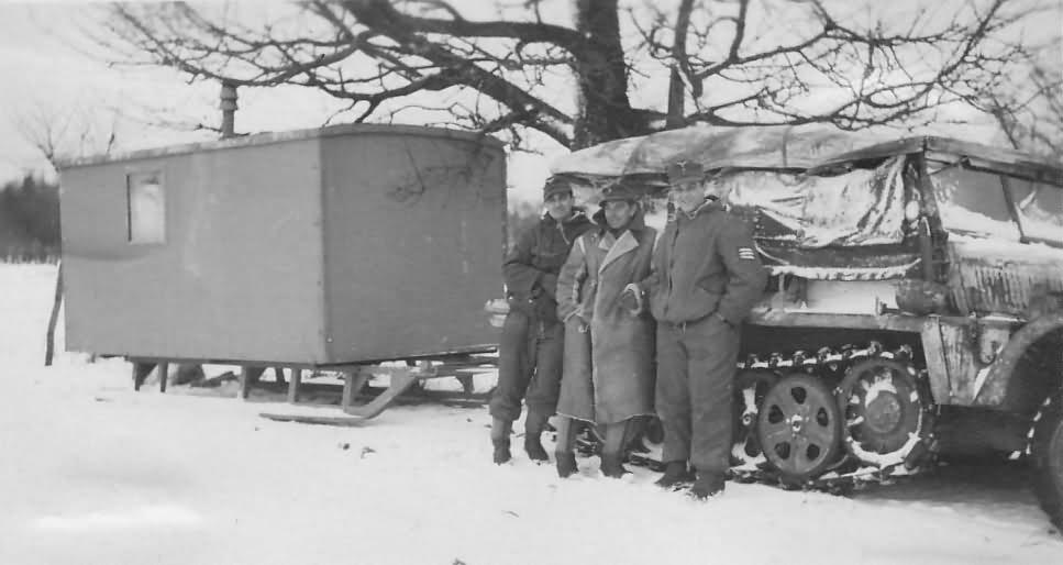 halftrack SdKfz 10 winter