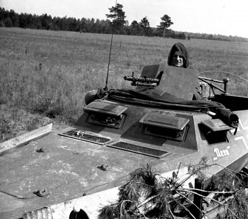 Armored halftrack SdKfz 250 alt named Nero