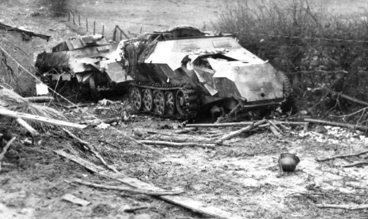 Destroyed Sdkfz 251 halftracks