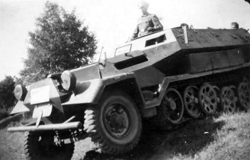 Hanomag SdKfz 251 halftrack