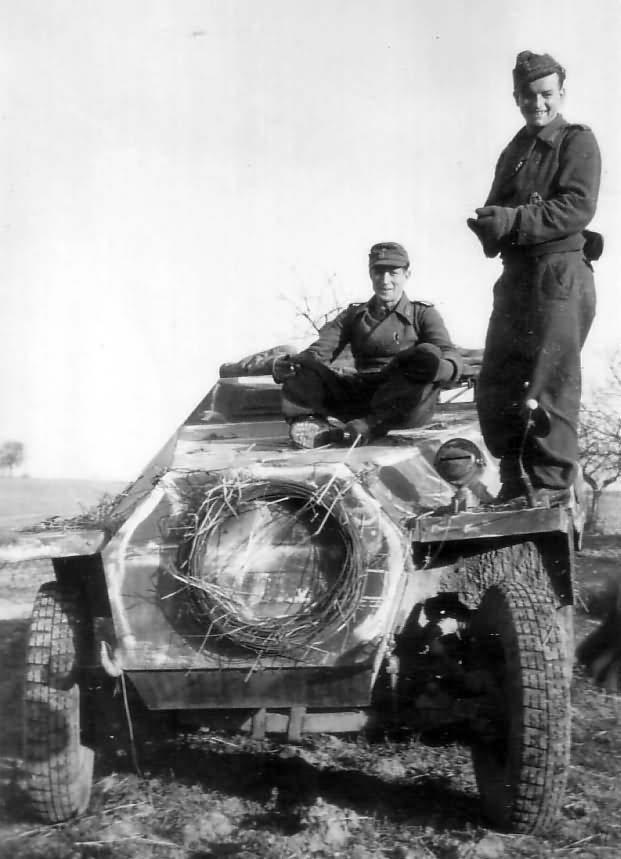 Schutzenpanzerwagen SdKfz 251 photo
