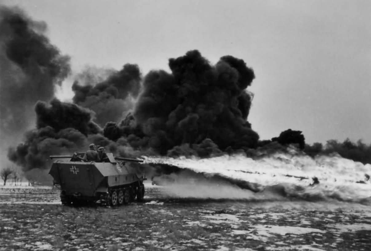 SdKfz_251-16_Mittlerer_Flammpanzerwagen_