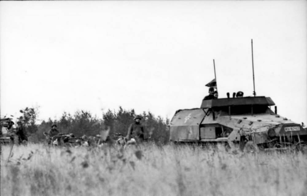 SdKfz 251/18 eastern front